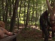 Harter Fetisch Gruppensex im Wald