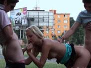 Sex Orgie mitten in der Stadt