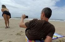 Mann filmt die Fotze seiner Frau