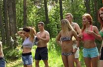 Geile Sex Orgie im Wald